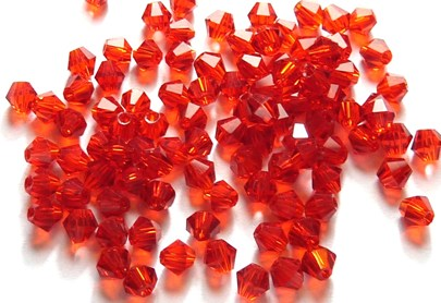 33 Perles en cristal toupies rouges sang de 4 mm paquet de 100pcs à 8.95€